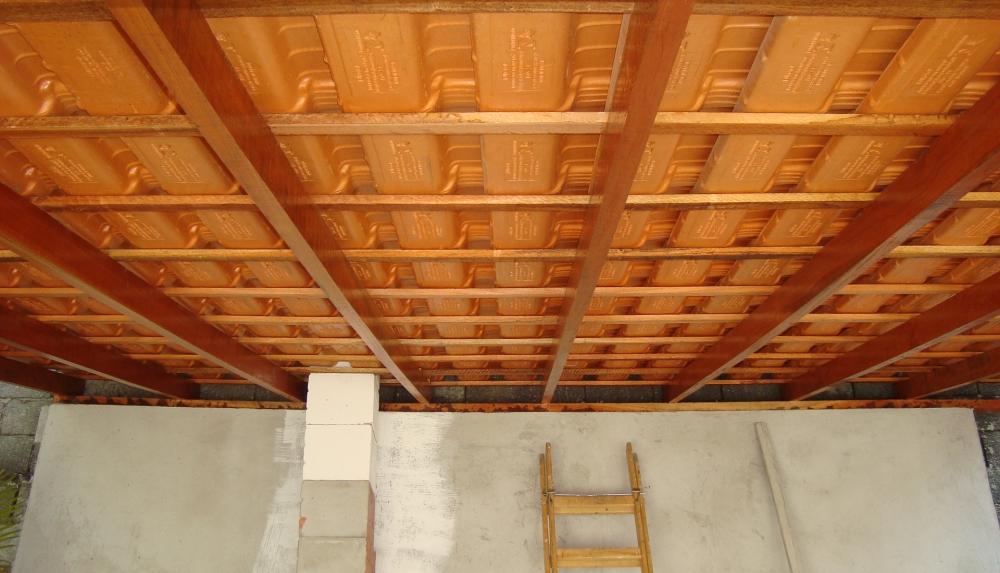Telhado com Estrutura de Madeira Preço no Itaim Bibi - Telhado de Isopor