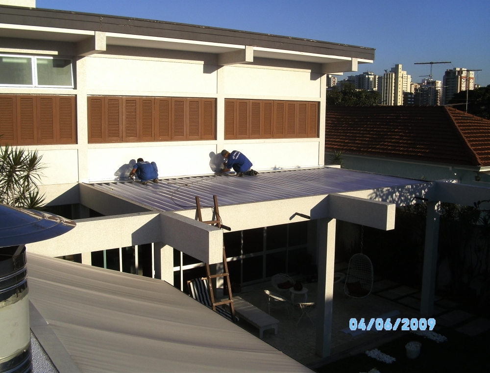Telhado Transparente Preço em Jaçanã - Telhado de Isopor