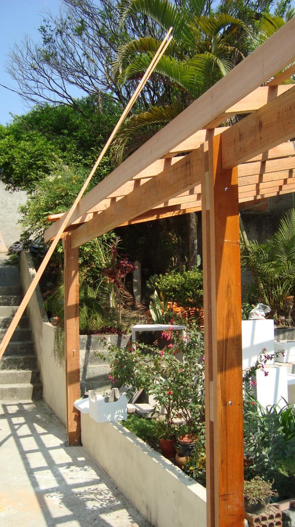 Telhados de Madeira na Vila Curuçá - Telhado Ondulado