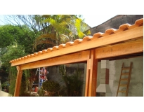 construção de estruturas de madeira no Grajau