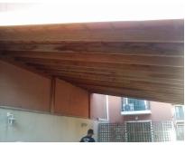 galpão com estrutura de madeira no Jaraguá
