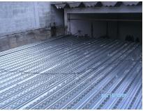 mezaninos em steel deck em Perus