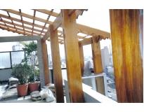 telhado de madeira na Penha