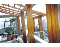 telhado de madeira na Vila Curuçá